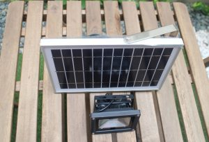 solar-flood-light-3-watt2