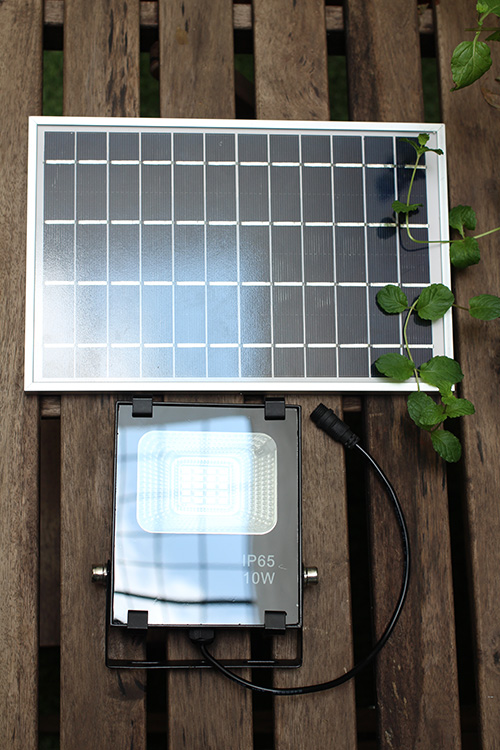 SLF10w and solar panel